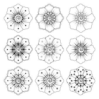 Set di fiori mehndi. ornamento decorativo in stile etnico orientale. ornamento di doodle. illustrazione di tiraggio della mano di contorno.