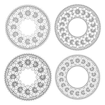 Set di fiori mehndi per la decorazione di mehndi all'henné nella pagina del libro da colorare in stile etnico orientale