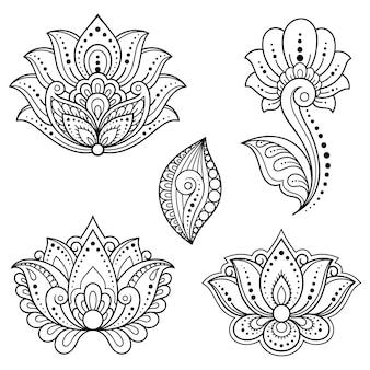 Set di fiori mehndi e motivo di loto per il disegno e il tatuaggio all'henné. decorazione in stile etnico orientale, indiano. ornamento di scarabocchio. illustrazione di vettore di tiraggio della mano di contorno.