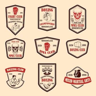 Set di emblemi del club di boxe e mma.