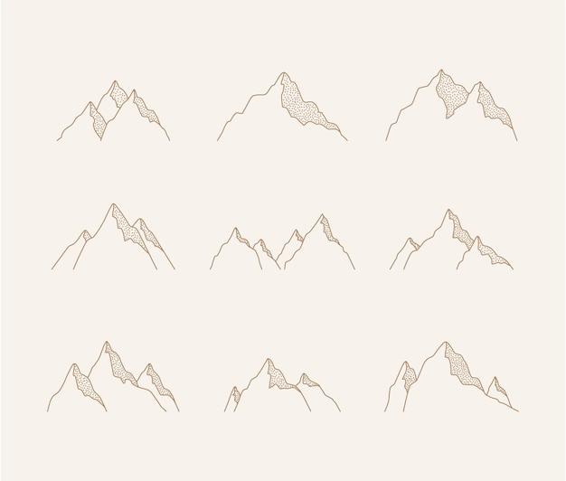 Insieme di montagne.