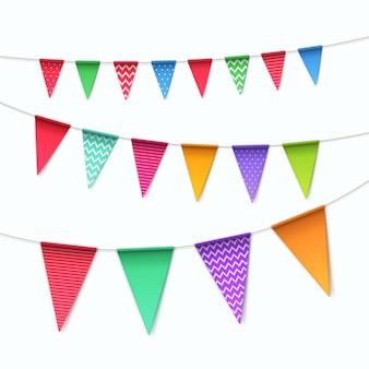 Set di bandiere di ghirlande di zigoli multicolore su sfondo bianco