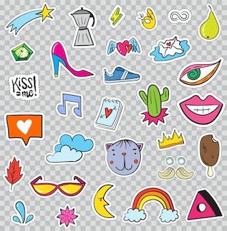 Set di elementi di patch come fiore, cuore, corona, nuvola, labbra, posta, diamante, occhi. vettore disegnato a mano. collezione di adesivi alla moda carina. distintivi e spille di schizzo di pop art di doodle.