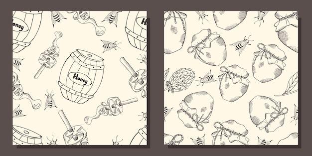 Una serie di modelli con barili di miele e vasetti di miele.