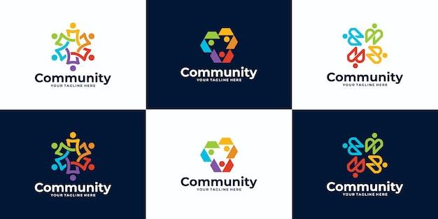 Set di persone e logo design della comunità per team o gruppi