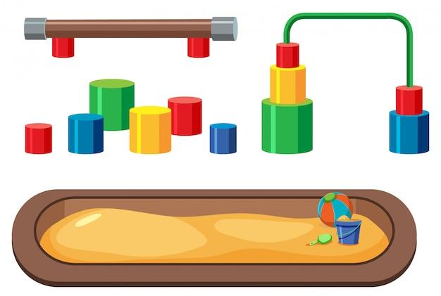 Set di attrezzature per parchi giochi su sfondo bianco