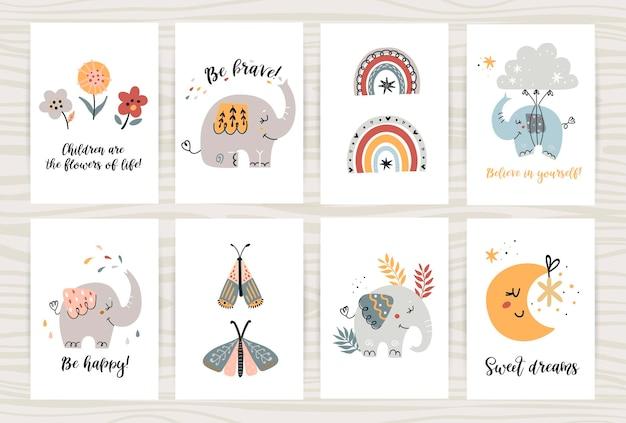 Set di poster con simpatici elefanti e oggetti
