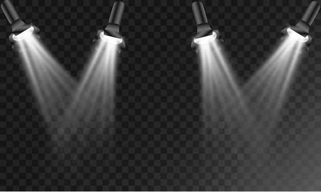 Set di proiettori luminosi realistici per illuminazione della scena isolato