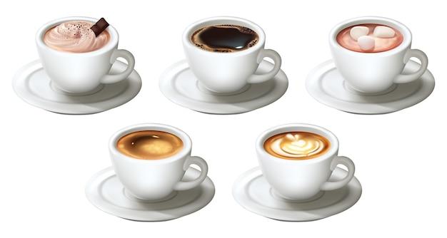 Set di tazze da caffè realistiche isolato su bianco
