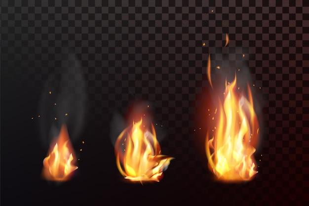 Set di fiamme di fuoco realistico con trasparenza isolato su sfondo a scacchi Vettore Premium