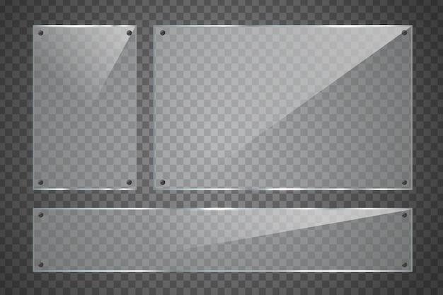 Set di cartelloni pubblicitari in vetro realistico sullo sfondo trasparente per la decorazione e la copertura.