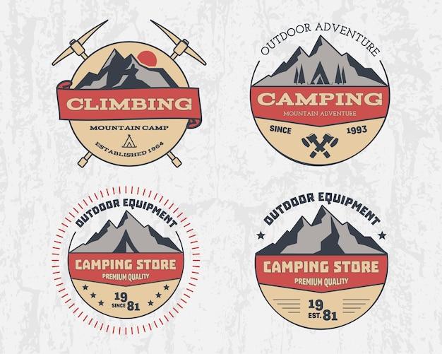Set di avventura di campeggio all'aperto di colore retrò e montagna, arrampicata, escursionismo distintivo logo, emblema, etichetta. design vintage.