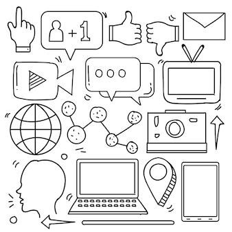 Set di icone di social media in stile doodle isolato su sfondo bianco disegnato a mano di vettore