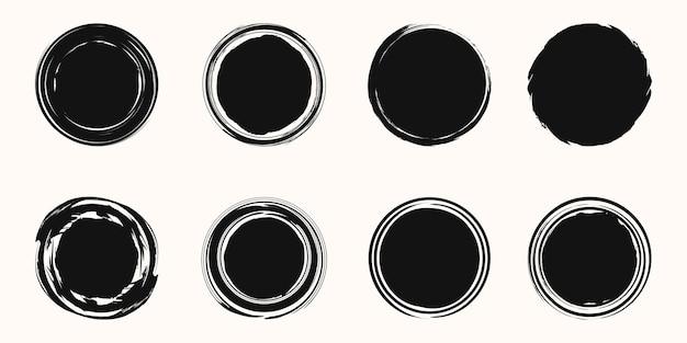 Insieme di elementi di pennellata a spirale. turbinii. set di forme rotonde.