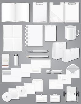 Insieme di elementi in bianco elementi decorativi di cancelleria per l'illustrazione di vettore di progettazione di identità aziendale