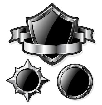 Set di illustrazione di scudi in acciaio lucido