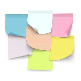 Set di note di colore appiccicose. fogli di carta con angoli arricciati per appunti.