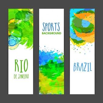 Set di tre bandiere del brasile con le macchie astratte