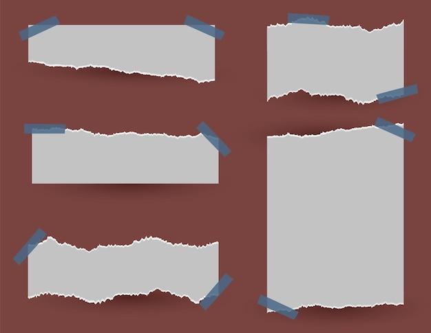 Set di cerotti attaccati di carta strappata