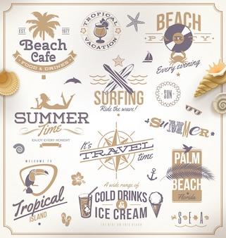Set di emblemi, simboli e logo di viaggi e vacanze.