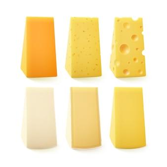 Set di pezzi triangolari di vari tipi di formaggio