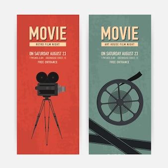 Set di modelli di banner verticale con vecchia macchina fotografica su treppiede, bobina di pellicola e posto per il testo.
