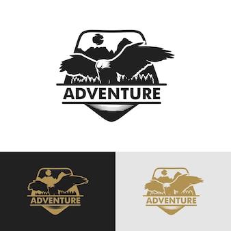 Set di sfondo logo avventura vintage vettore premium