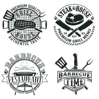 Set di disegni logo ristorante barbecue vintage, francobolli di stampa grange, emblemi di tipografia bar grill creativo