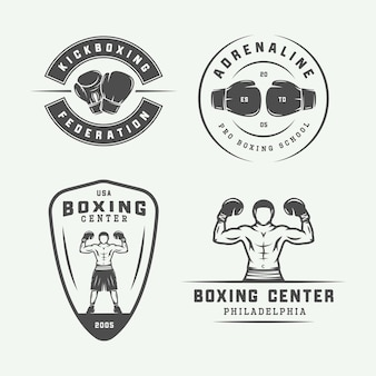 Set di etichette e distintivi con logo vintage per boxe e arti marziali in stile retrò. arte grafica monocromatica. illustrazione vettoriale