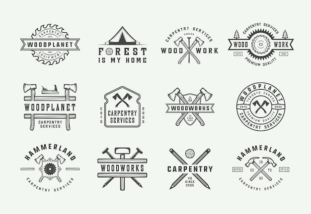 Set di falegnameria vintage in legno e etichette meccaniche, distintivi, emblemi e logo