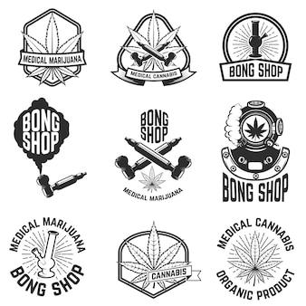 Set di emblemi vintage con marijuana medica.