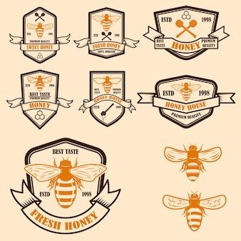 Set di modelli di etichette vintage miele honey