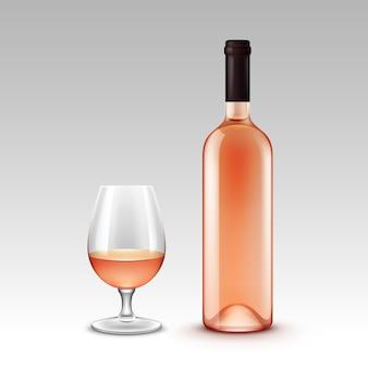 Set di bottiglie di vino e bicchieri su sfondo