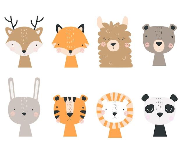 Set con foresta e animali esotici isolati su sfondo bianco illustrazione vettoriale per la stampa