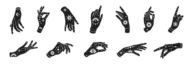 Set di mani di donna con mistici simboli magici: occhi, sole, frasi di luna, stelle, gioielli. design del logo occultismo spirituale.