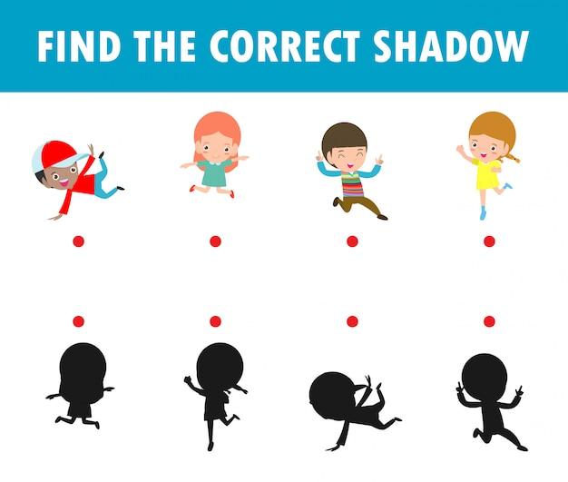 Shadow matching game per bambini, gioco visivo per bambini. colleghi l'immagine dei punti, il costume felice dei bambini del partito di halloween, istruzione isolata sull'illustrazione del fondo.