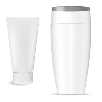Pacchetto cosmetico bottiglia di shampoo, prodotto tubo crema, isolato, confezione di shampoo per capelli in plastica bianca