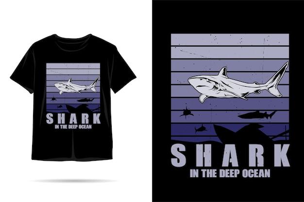 Design della maglietta sagoma di squalo oceano profondo