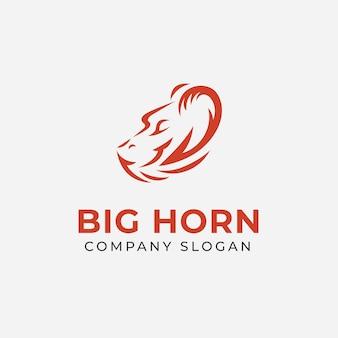 Pecora con modello di progettazione del logo del grande corno