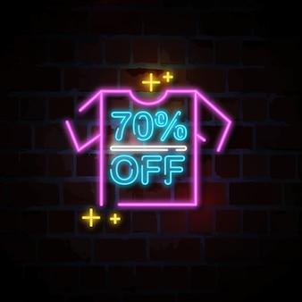Camicia 70% di sconto sull'insegna al neon