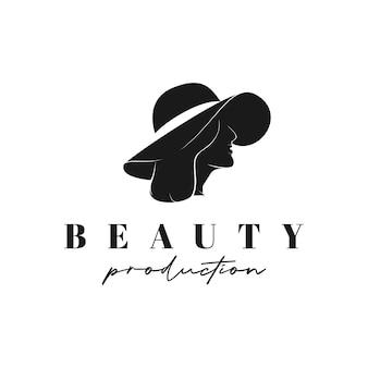 Vista laterale della testa di donna in cappello estivo. vettore di design del logo silhouette femminile di bellezza