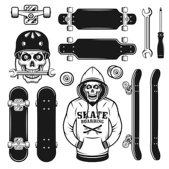 Skateboard set di oggetti vettoriali o elementi di design con teschio in hodie e casco di protezione. illustrazione monocromatica vintage isolata su sfondo bianco