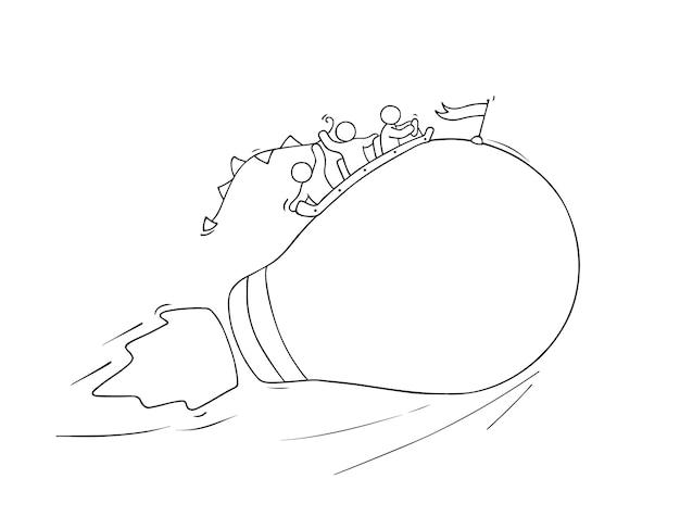 Schizzo di piccole persone che lavorano con l'idea di lampada volante. doodle carino scena in miniatura di lavoratori creativi. fumetto disegnato a mano per progettazione aziendale e infografica.