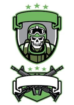Insieme del distintivo dell'esercito del soldato del cranio isolato su bianco