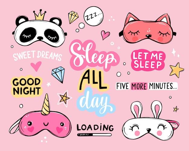 Set di maschere e citazioni per dormire. lettering frasi buona notte, sogni d'oro, dormire tutto il giorno. benda classica e a forma di animale - unicorno, gatto, coniglio, panda. collezione di simpatici adesivi per maschere.