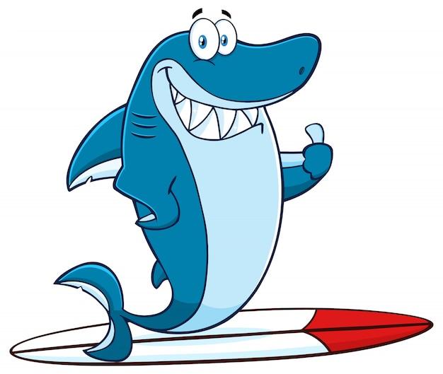 Personaggio sorridente della mascotte del fumetto dello squalo blu che pratica il surfing e che tiene un pollice su. illustrazione