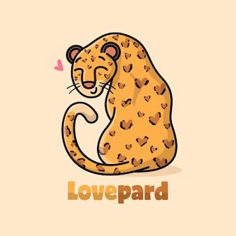 Leopardo viso sorridente con motivo corpo a forma di cuore