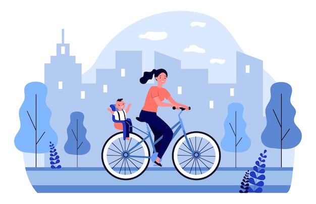 Donna sorridente in bicicletta con bambino felice. bicicletta, città, illustrazione genitore. concetto di trasporto e stile di vita per banner, sito web o pagina web di destinazione
