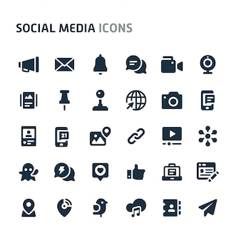 Set di icone social media. fillio black icon series.