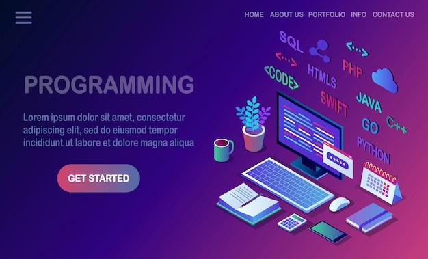 Sviluppo software, linguaggio di programmazione, codifica. pc isometrico, computer con applicazione digitale su sfondo bianco.
